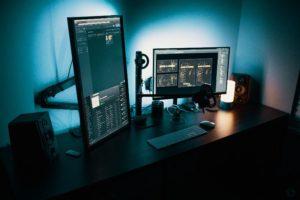 ¿Cuál es la diferencia entre monitores LCD y monitores LED?